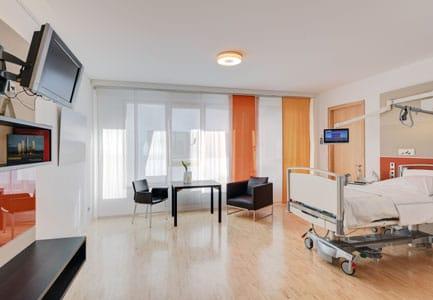 One bed patient room